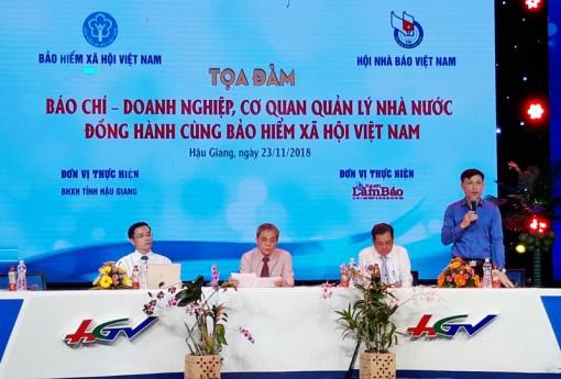 """""""Báo chí - doanh nghiệp, cơ quan quản lý Nhà nước đồng hành cùng BHXH Việt Nam"""""""