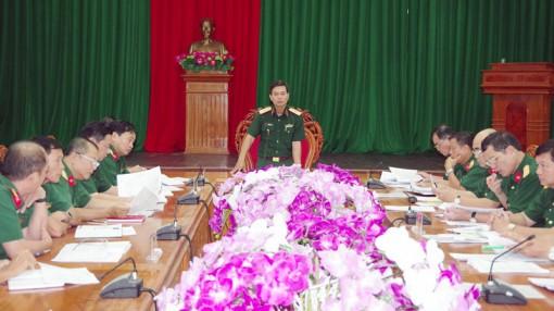 Quân khu 9 kiểm tra công tác quân sự, quốc phòng địa phương tại tỉnh