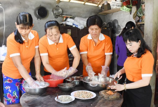 Phụ nữ Châu Thành liên kết làm du lịch sinh thái