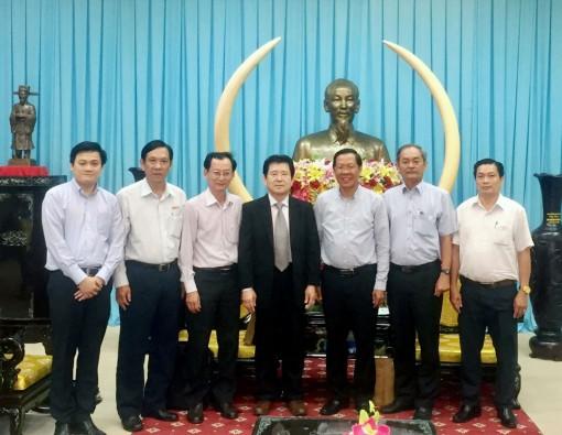 Lãnh đạo tỉnh tiếp đoàn Công ty S'Tem Nhậ̣t Bản
