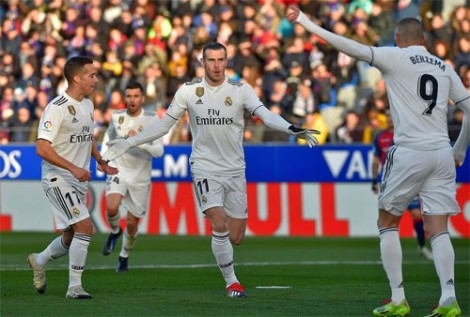 Bale đưa Real trở lại top 4 La Liga