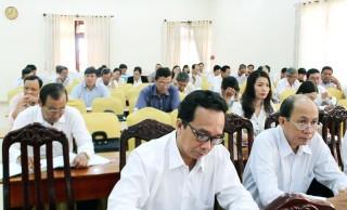 Hơn 200 Hội thẩm nhân dân được tập huấn nghiệp vụ