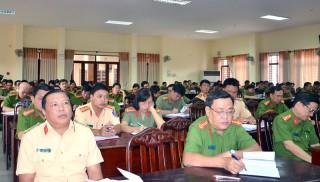 Công an tỉnh tổ chức học tập, quán triệt Nghị quyết Trung ương 8 khóa XI