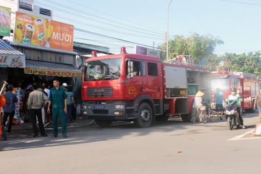 Kịp thời dập tắt cháy xảy ra tại tiệm tạp hóa ở Phường 6, TP. Bến Tre