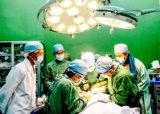 Phẫu thuật miễn phí 46 ca hở môi hàm ếch
