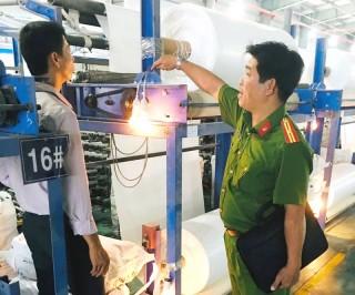 Kiểm tra an toàn phòng cháy, chữa cháy tại khu công nghiệp Giao Long và An Hiệp