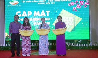 Chi nhánh Viettel Bến Tre trao thưởng hơn 765 triệu đồng