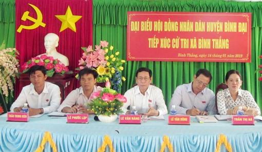 Đại biểu HĐND huyện Bình Đại tổ chức tiếp xúc cử tri tại xã Bình Thắng và Thừa Đức