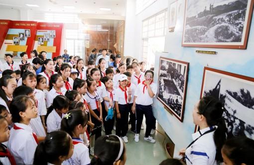 Tự hào quê hương Đồng khởi