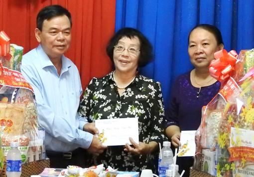 Bí thư Tỉnh ủy Võ Thành Hạo thăm, chúc Tết các tổ chức xã hội