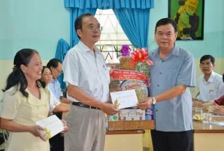 Lãnh đạo tỉnh thăm Làng Trẻ em SOS, các trung tâm bảo trợ xã hội và Trường Nuôi dạy trẻ em khuyết tật