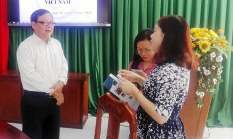 Trường Cao đẳng Bến Tre trao đổi hợp tác với Tổ chức SJ Việt Nam