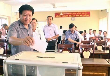 Chợ Lách bỏ phiếu công nhận xã Vĩnh Thành đạt chuẩn nông thôn mới
