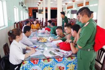 Gặp gỡ quân nhân hoàn thành nghĩa vụ quân sự tại ngũ