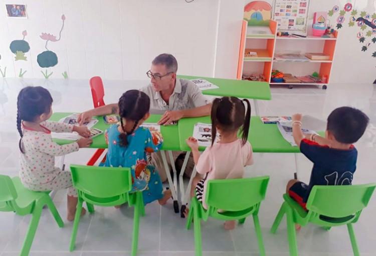 Khai giảng Trung tâm Ngoại ngữ Bảo Quyên