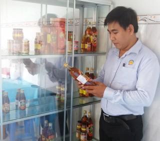 Khởi nghiệp với sản phẩm mật ong và bột nghệ