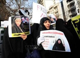 Iran triệu Đại sứ Thụy Sĩ về vụ Mỹ bắt giữ phóng viên Press TV