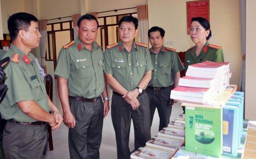 Khánh thành Thư viện Công an tỉnh