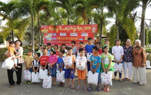Mùa Xuân yêu thương cho trẻ em Làng SOS