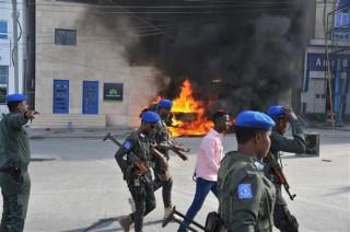 Đánh bom xe vào căn cứ quân sự ở Somalia gây thương vong