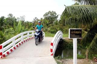 Bình Lợi điển hình trong đóng góp xây dựng giao thông nông thôn