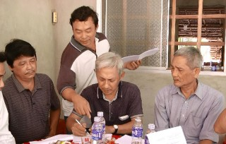 Hoàn thành lấy ý kiến cử tri về sáp nhập 2 xã Bình Khánh Đông và Bình Khánh Tây