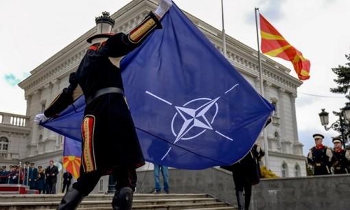 Macedonia chính thức đổi tên thành Cộng hòa Bắc Macedonia