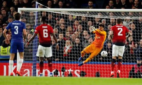Thắng Chelsea 2-0, Man United giành suất vào tứ kết FA Cup