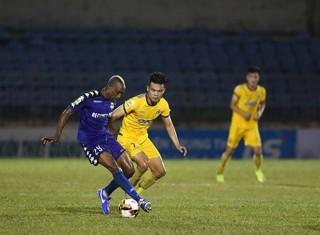 Vòng 1 V-League 2019: Thanh Hóa - Becamex Bình Dương hòa 1-1