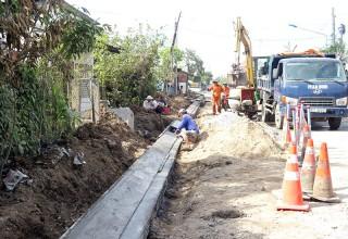 Cần 100 tỷ đồng xây dựng hệ thống thoát nước mặt đường