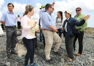 Khảo sát vùng quy hoạch thực hiện dự án ở Thạnh Phú và Ba Tri