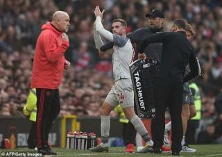 Liverpool hòa MU: Henderson căng thẳng với HLV Jurgen Klopp