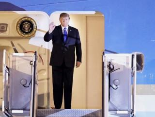 Tổng thống Mỹ Donald Trump tới Hà Nội
