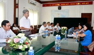 Thành ủy họp mặt cán bộ phụ trách, theo dõi các xã, phường