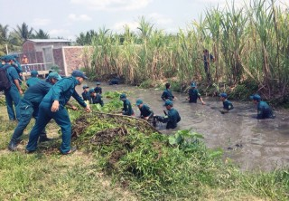Châu Thành nâng cao chất lượng giáo dục chính trị cho dân quân tự vệ