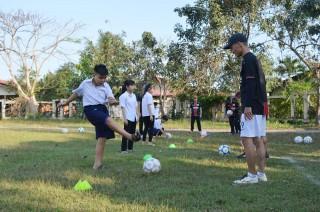 Ngày hội bóng đá của trẻ em khuyết tật