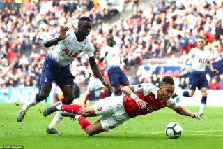 """Kịch bản cuối mùa """"tệ khó tin"""" cho Arsenal, Chelsea hoặc Tottenham dù đứng trong top 4"""