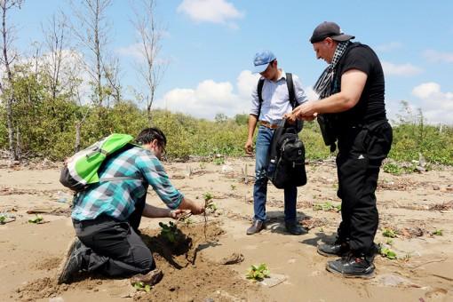 Bảo vệ thiên nhiên hướng đến phát triển bền vững