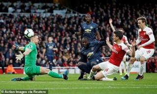 Vòng 30 giải Ngoại hạng Anh: Arsenal hạ gục Man Utd Arsenal đòi lại vị trí thứ 4
