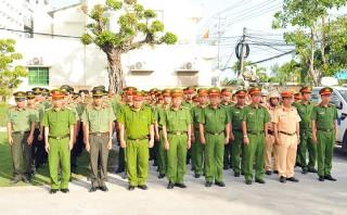 Công an huyện Bình Đại giữ vững ngọn cờ thi đua