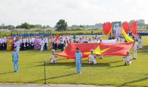 Chấn chỉnh chào cờ Tổ quốc và hát Quốc ca