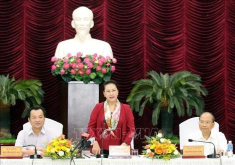 Chủ tịch Quốc hội Nguyễn Thị Kim Ngân làm việc với lãnh đạo chủ chốt tỉnh Bình Thuận