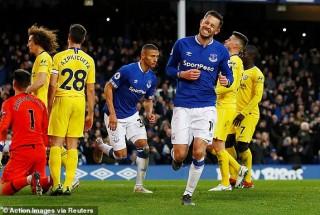 Thi đấu nhạt nhòa, Chelsea thua bẽ mặt tại Goodison Park