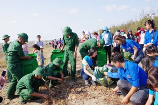 Tuổi trẻ Bộ đội Biên phòng tỉnh: Xung kích, xây dựng khu vực biên giới biển