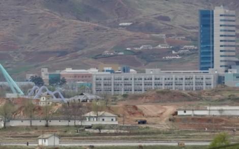 """""""Triều Tiên cũng cử quan chức trở lại Văn phòng liên lạc liên Triều"""""""