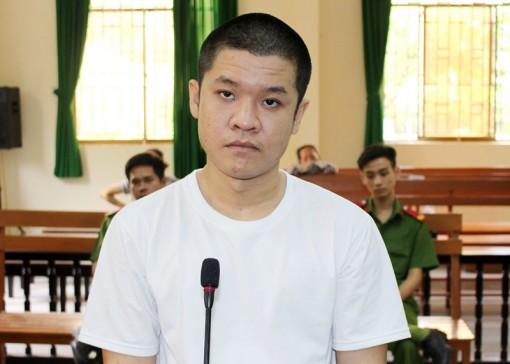 Trộm cắp liền tay, bị phạt 1 năm 9 tháng tù