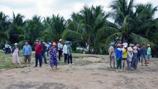 Phát hiện một nạn nhân treo cổ chết trên cây dừa