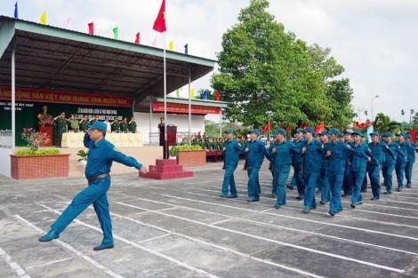 Quan tâm kết nạp và giải ngạch lực lượng dân quân tự vệ
