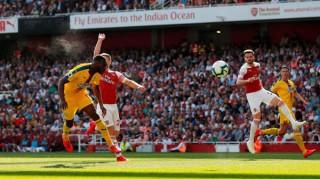 Arsenal thua Crystal Palace bỏ lỡ cơ hội vươn lên vị trí thứ ba
