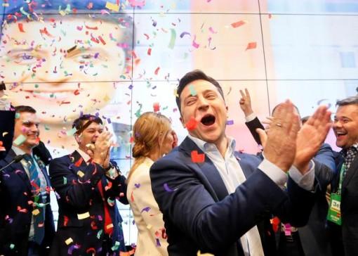 Diễn viên hài Volodymyr Zelenskiy thắng cử Tổng thống Ukraine